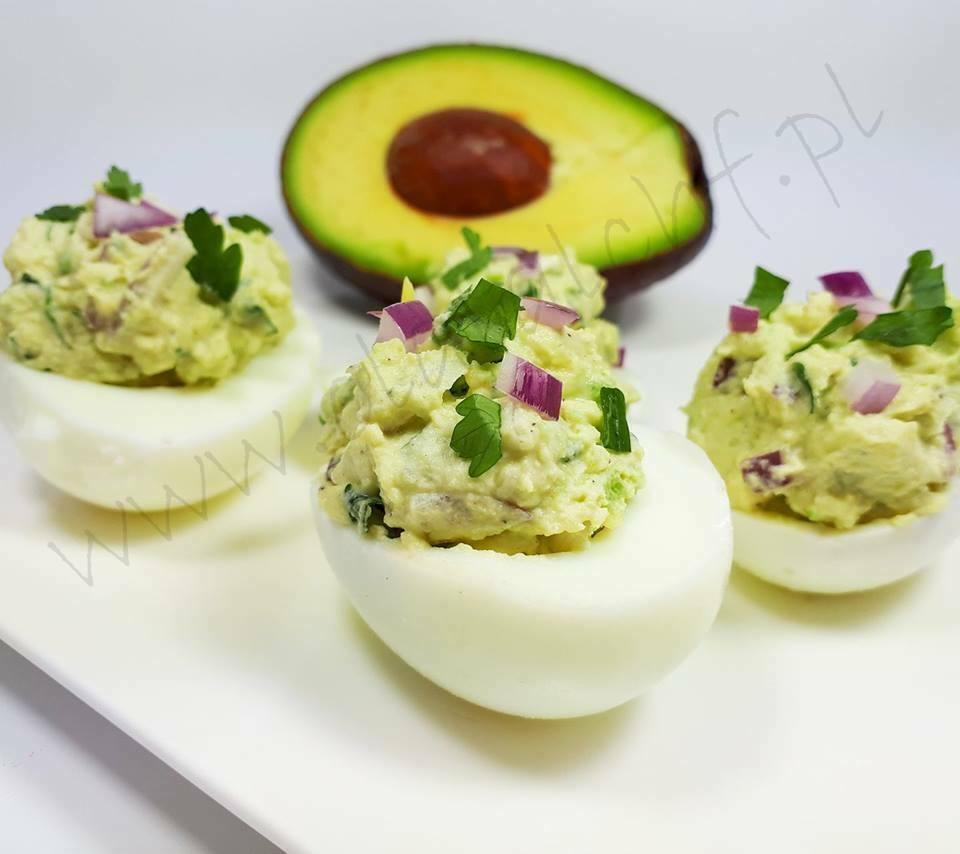 jajka faszerowane awokado